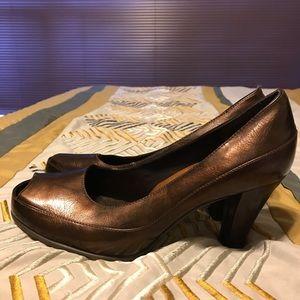 Bronze Shoes. Size 8